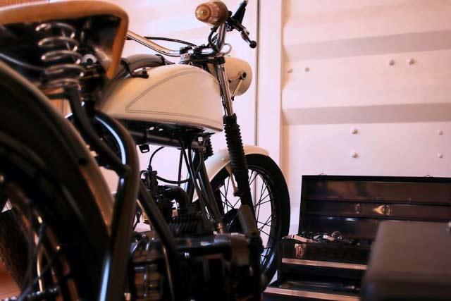 バイク収納